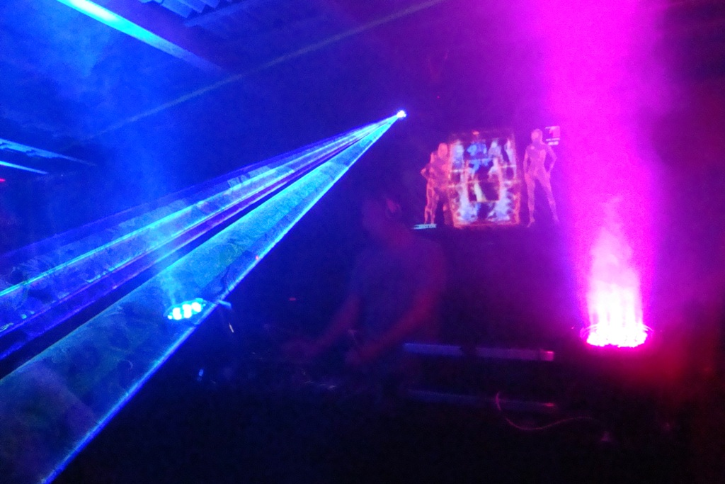 laser multicolor @ WET DANCE EXPERIENCE 1